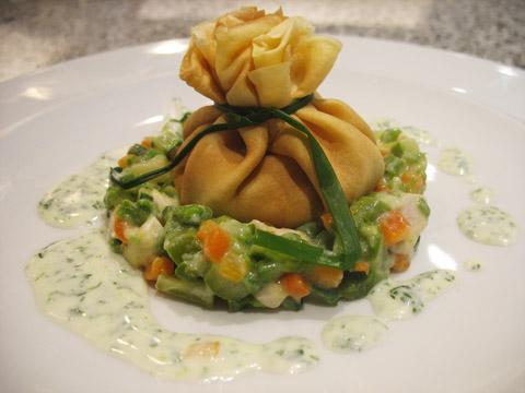 Ricetta fagottini farciti con verdure pollo e crema al for Ricette con verdure